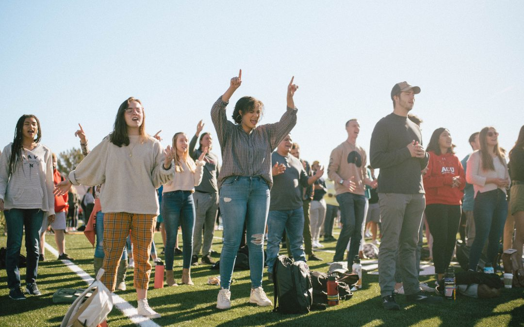 Spring Welcome Week Features Worship, Prayer, and Unique Student Experiences